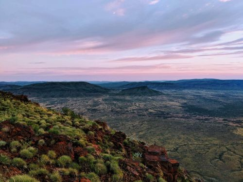 Outback Ranges to Reef Road Trip